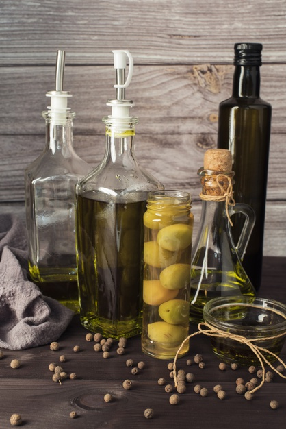 variety-olive-oil-table